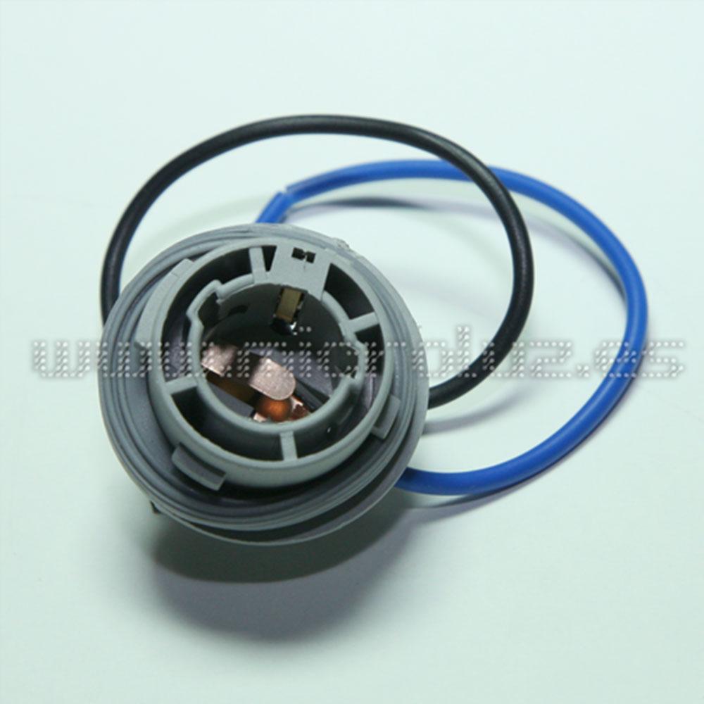Conector universal formato PY21 1056 BAU15S